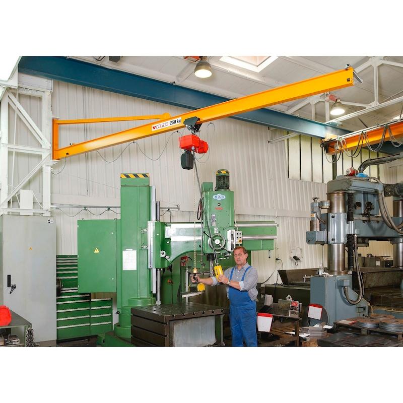 Column-mounted slewing jib crane PRAKTIKUS PW — complete set with chain hoist - 2