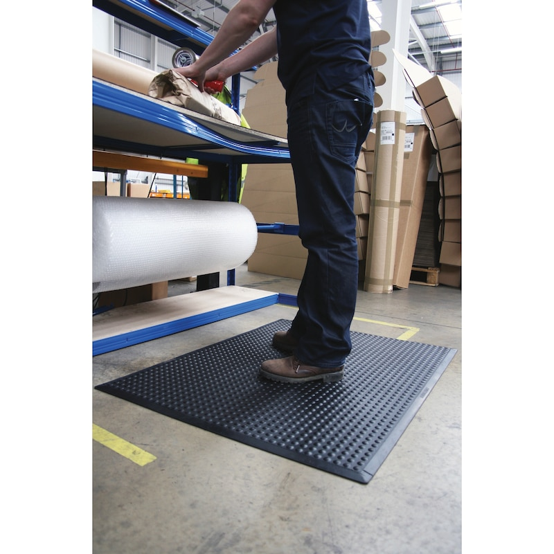 tapis poste travail, tapis indiv, LxlxH 1200x900x14mm, caoutchouc nitrile noir - Tapis de poste de travail en caoutchouc nitrile, résistant à l'huile