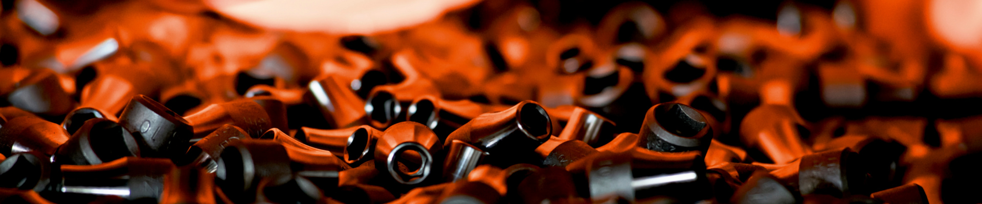 Multisteckschlüssel in Feuer