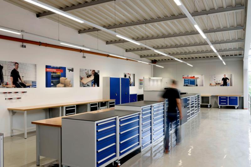Ausstellung Möbel Betriebseinrichtung