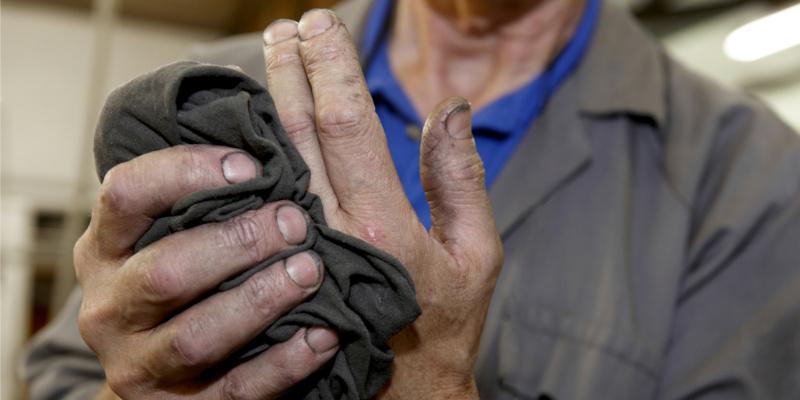Handpflege im Handwerk