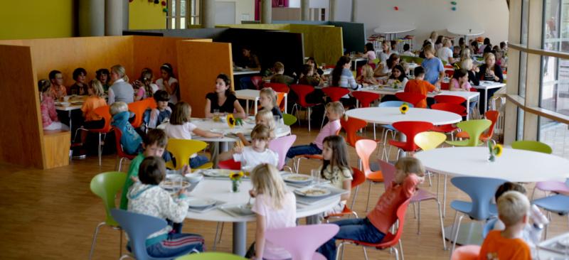 Kinder in der Freien Schulen Anne-Sophie