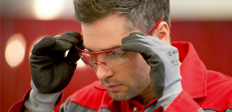 Kauf von Schutzbrillen