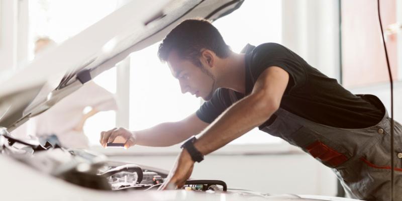 Machen Sie Ihre Werkstatt fit für Elektrofahrzeuge